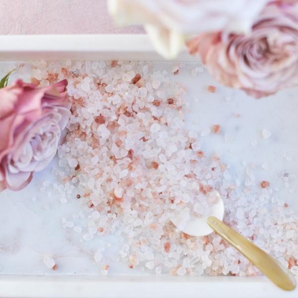 Dead Sea Salt & Pink Himalayan Salt with Roses